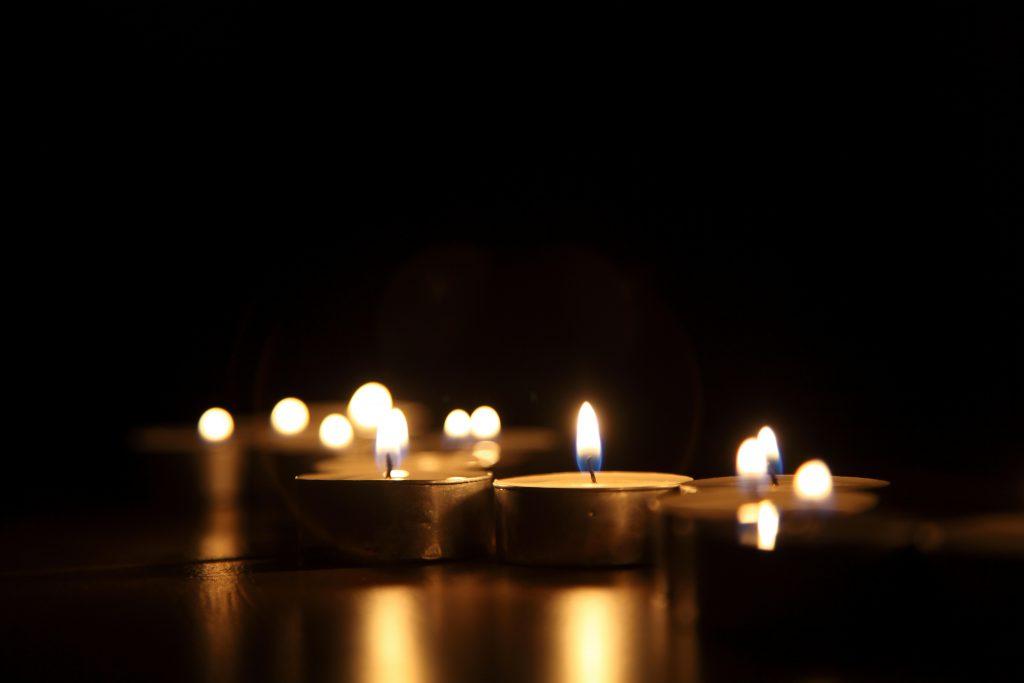 Naczelna Rada Pielęgniarek i Położnych z wielkim żalem zawiadamia o śmierci naszej Koleżanki Ireny Kosobudzkiej-Starzec, zasłużonej i cenionej pielęgniarki.